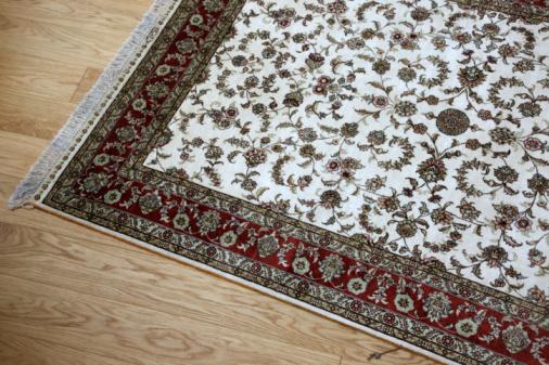 Ventajas al poner alfombras en el comedor efe blog for Que son las alfombras