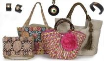 Bolsos y joyas con estilo estival