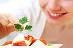 Los alimentos que se deben comer y evitar durante la menstruación
