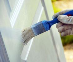 Consejos para renovar una puerta de madera