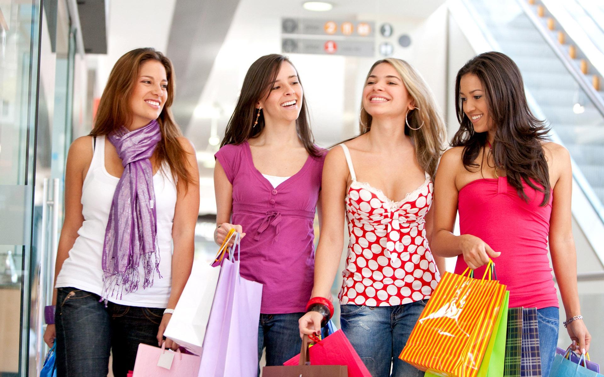 Cómo comprar el bolso perfecto en rebajas