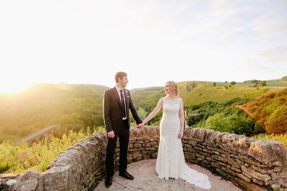 Consejos para elegir los pendientes de novia